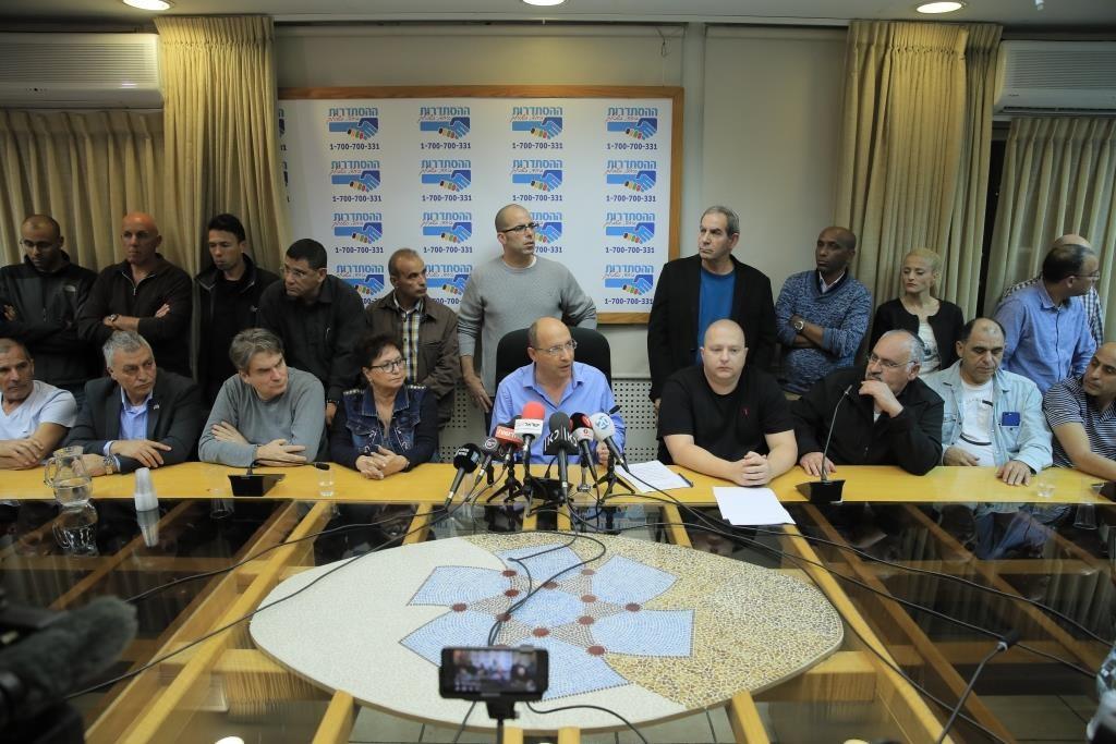 """""""ספינת הדגל של התעשייה הישראלית הופכת לסמל של חורבן. מייסדי טבע מתהפכים בקברם"""". ניסנקורן"""